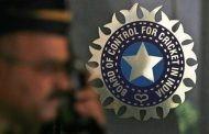 'बीसीसीआय'ने भारतीय खेळाडुंचा १० महिन्यांचा पगार थकवला
