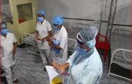 मुंबईतील झोपडपट्ट्यांमधील कोरोना रुग्णांची संख्या कमी झाल्यानं मुंबईतील 70 टक्के कोविड सेंटर बंद
