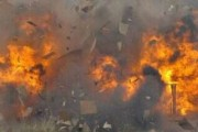 पाकिस्तान मधील कराची येथे रिमोट कंट्रोल ब्लास्टमध्ये पाच जण गंभीर जखमी