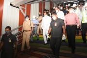 उपमुख्यमंत्री अजित पवार यांच्याकडून चक्क पहाटे मेट्रोच्या कामाची पाहणी