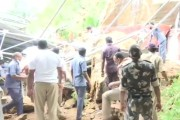 धक्कादायक! विजयवाडातील इंद्रकीलाद्री दुर्गा मंदिरात टेकडीवर दगड पडल्याने 2 जखमी