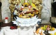 करवीर निवासिनी श्री अंबाबाईची अगस्त्यकृत सरस्वती स्तवन स्वरूपात अलंकार पूजा