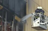 नागपाडा येथील सिटी सेंटर मॉलला लागलेली आगीवर नियंत्रण मिळवण्याचे अथक प्रयत्न सुरुच