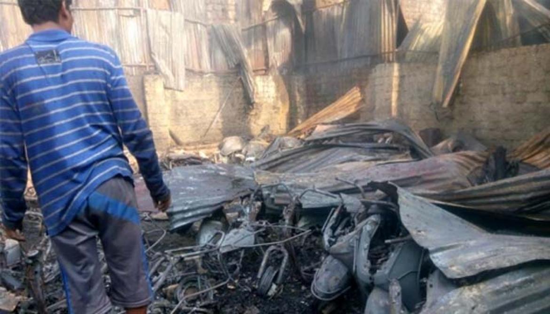 कात्रजमध्ये गोडाऊनला आग लागून 50 दुचाक्या आगीच्या भक्ष्यस्थानी!