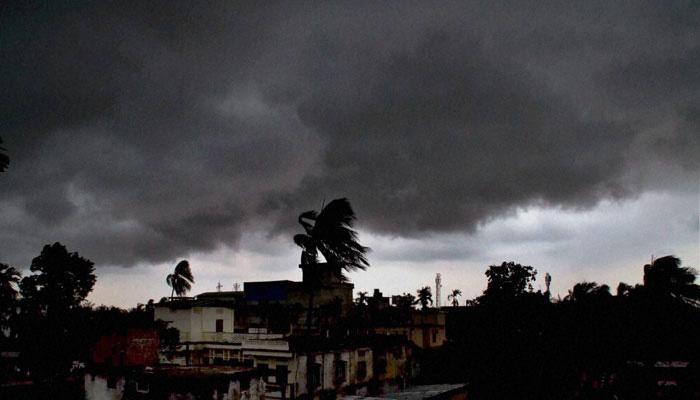 लातूरमध्ये मेघ गर्जनेसह अवकाळी पाऊस;