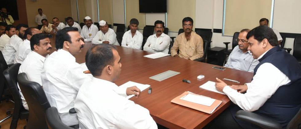 सरसकट कर्जमाफी कर्जमाफी देणे शक्य नाही: मुख्यमंत्री