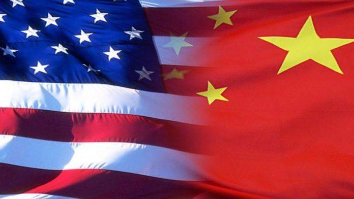 चीनला अमेरिकेचा दणका- चिनी मोबाईलवर अमेरिकेत बंदी?
