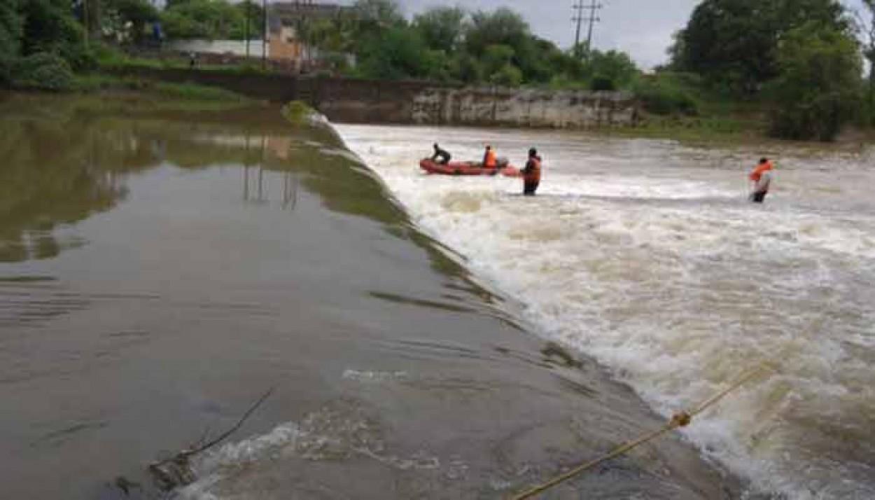 पवना नदी महिलेचा संशयास्पद मृत्यू