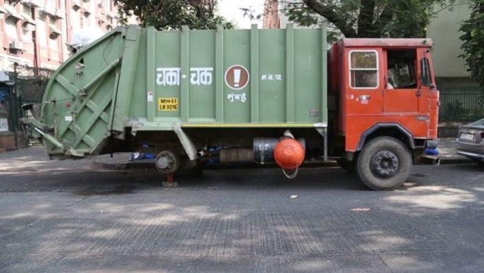 दुर्दैवी ! मुंबईत कचऱ्याच्या ट्रकखाली चिरडून चिमुकल्याचा मृत्यू