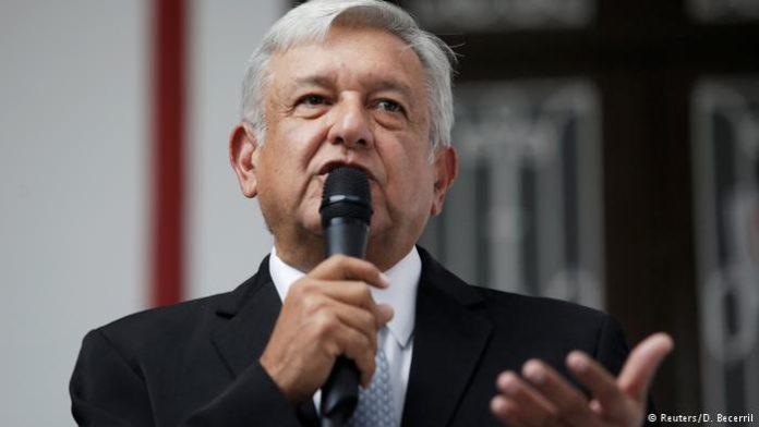 40 टक्के कमी वेतन घेण्याचा मेक्सिकोच्या नवीन राष्ट्रपतींचा निर्णय