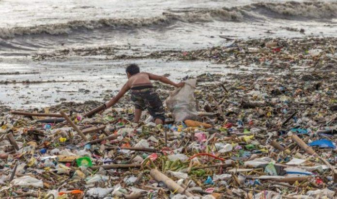 समुद्रातील प्लास्टिक कचरा संपवण्यासाठी केरळची 'शुचित्व सागरम' योजना