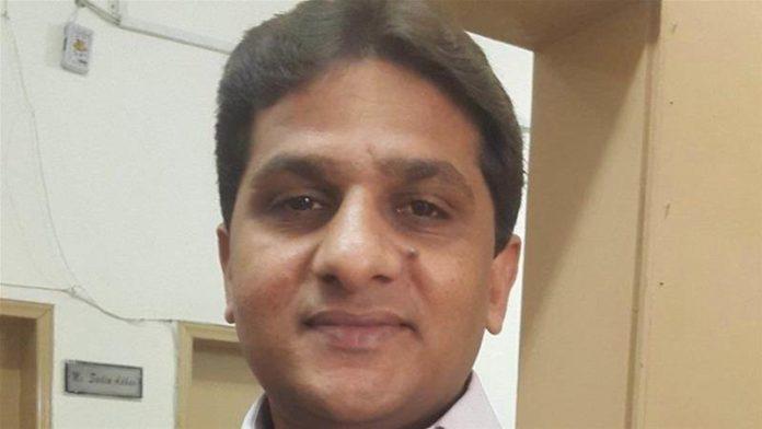 पाकिस्तानातील सामाजिक कार्यकर्ते रजा महमूद खान घरी परतले