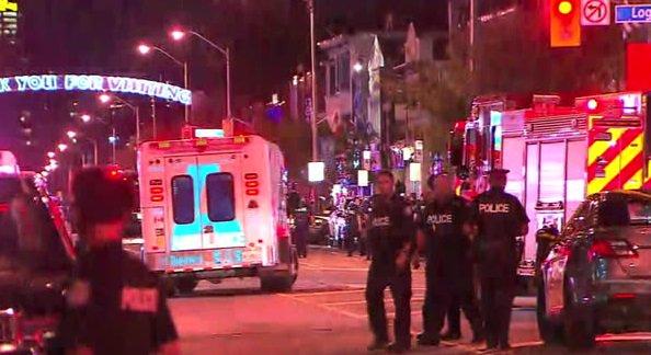 कॅनडामधील टोरंटो शहरात गोळीबार; एकाचा मृत्यू तर १३ जण जखमी